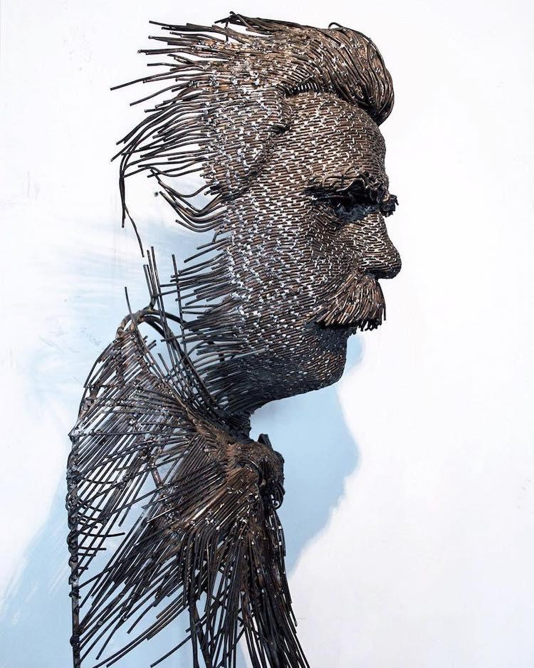 Escultura retrato contemporánea por Darius Hulea