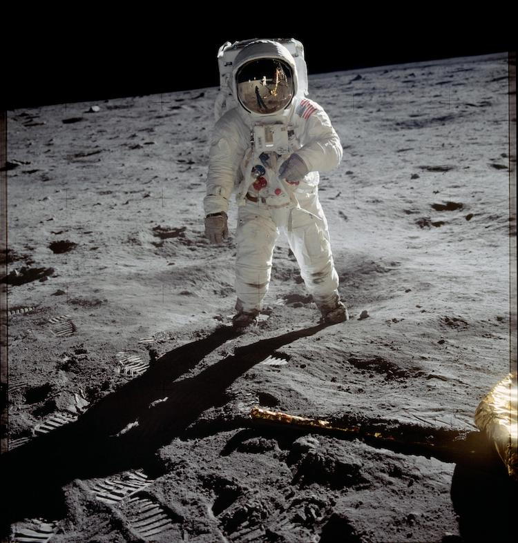 Best Books on Moon Landing