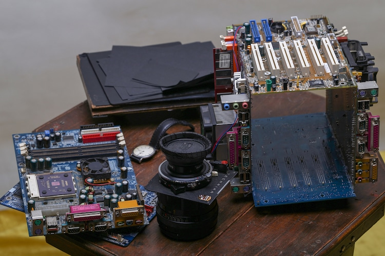Working Camera Made from Computer Parts