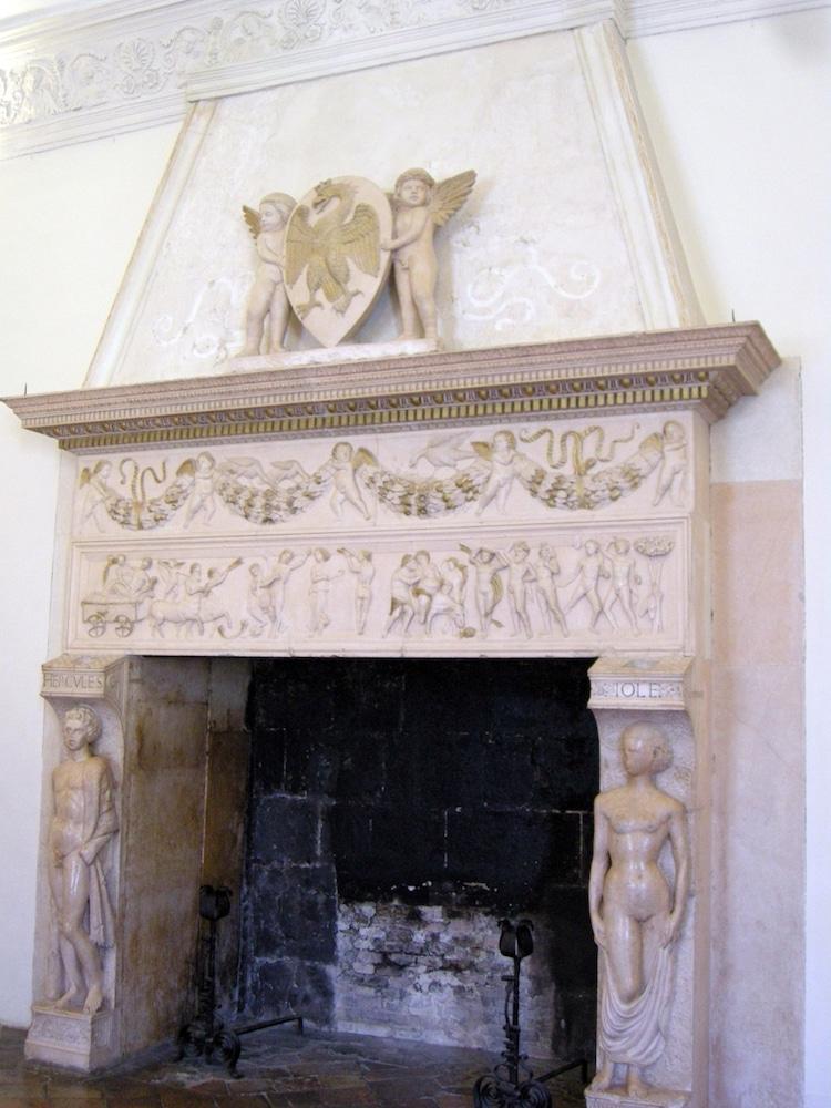 Caryatids History