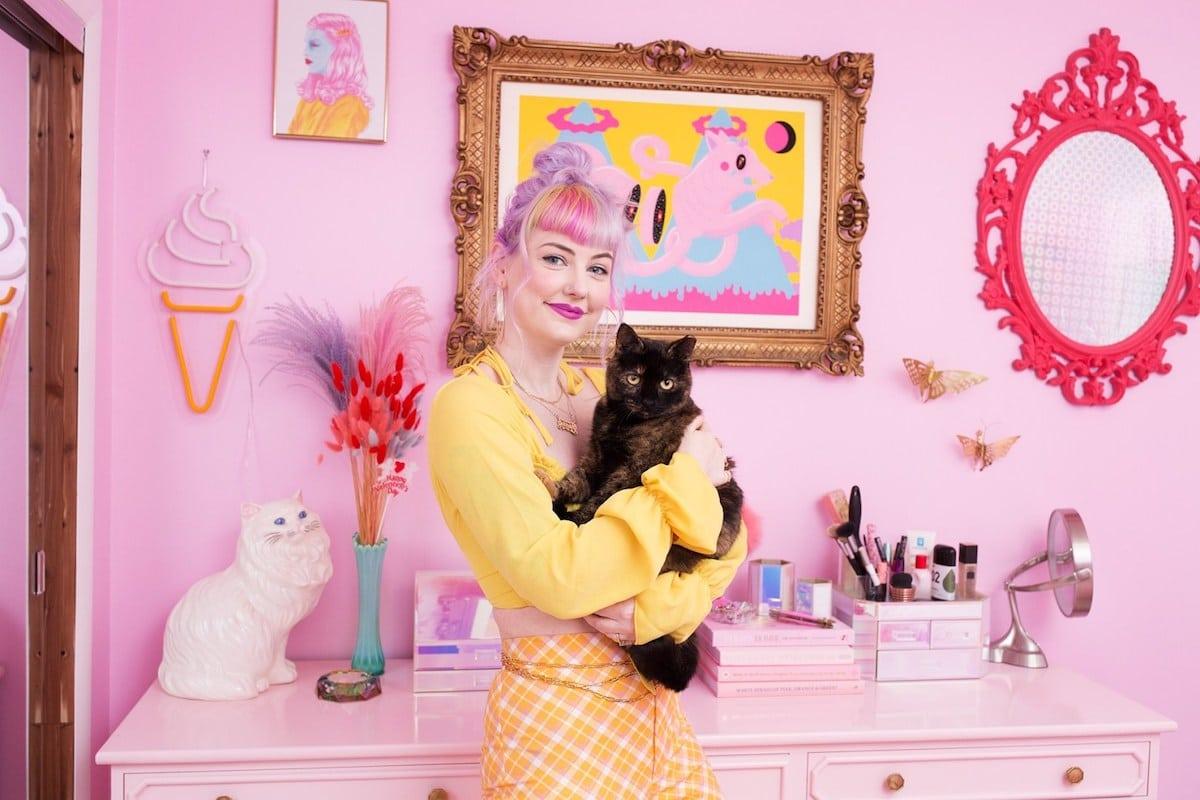 señora de los gatos