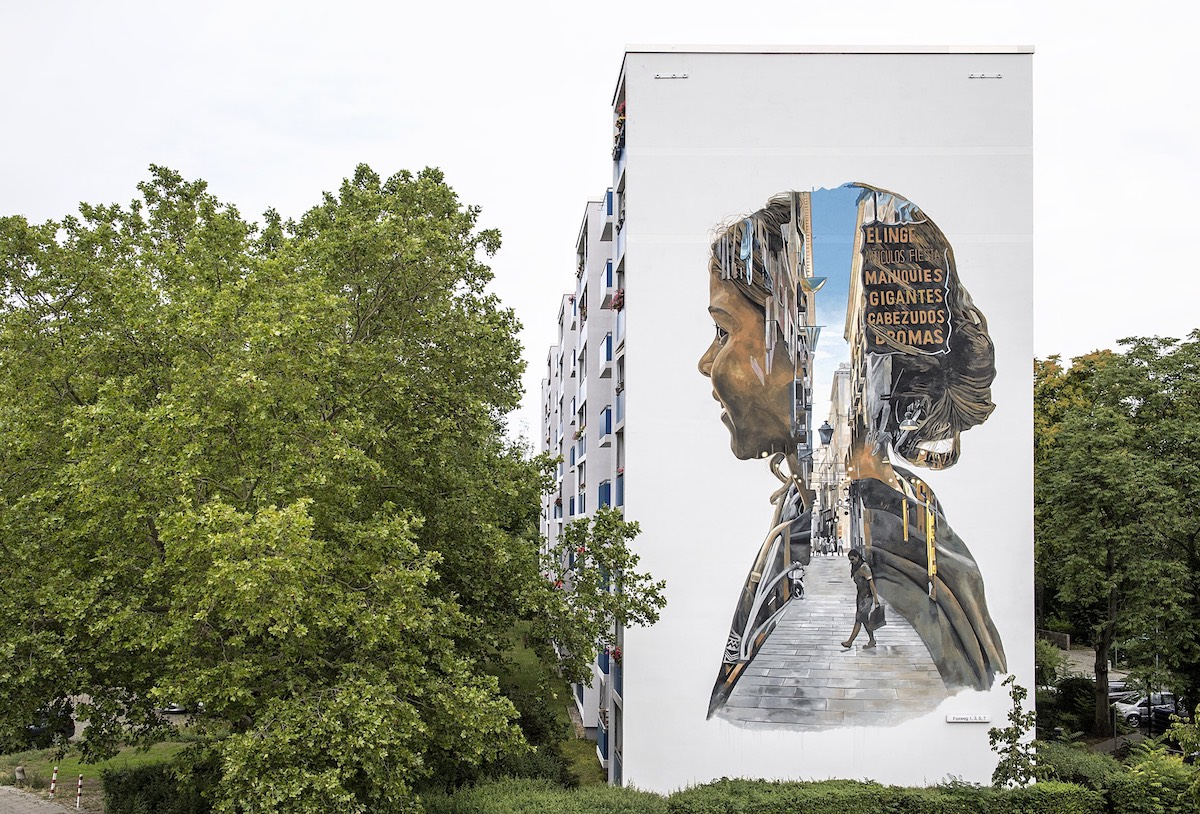 Mural in Berlin by Cristian Blanxer