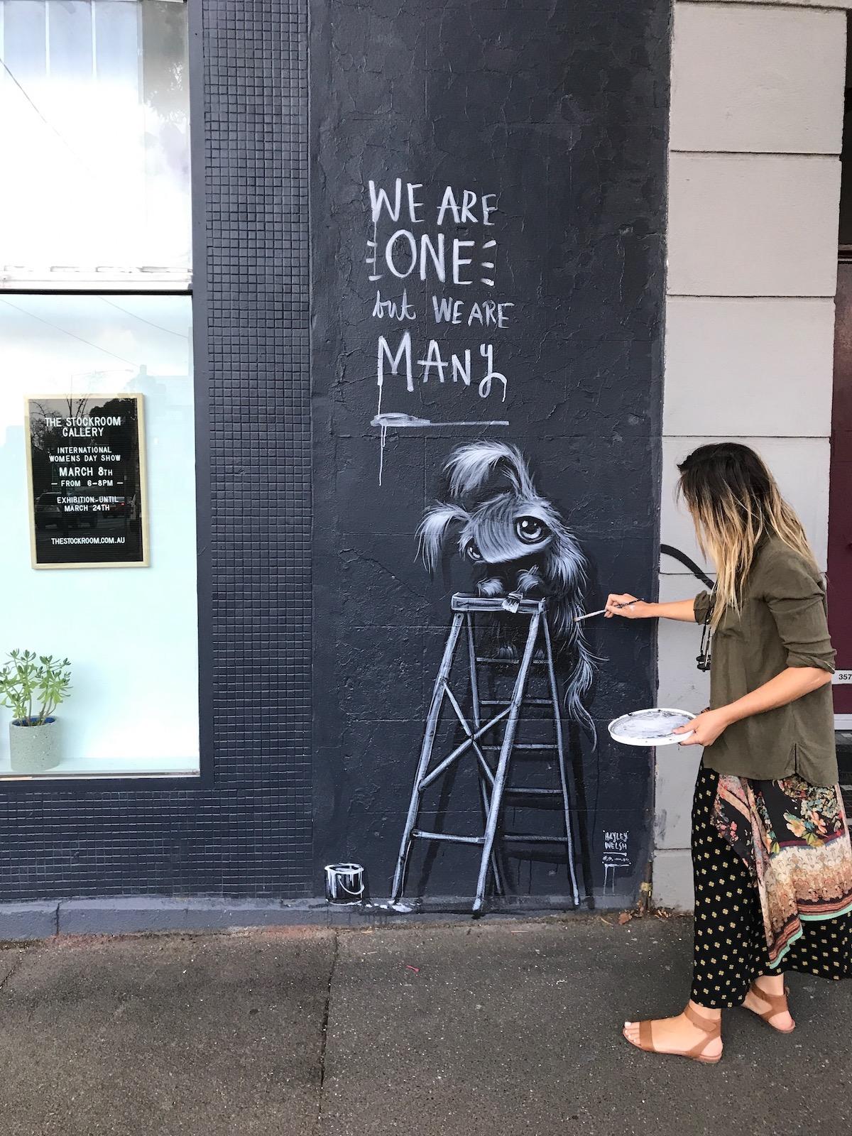 Artista callejera Hayley Welsh