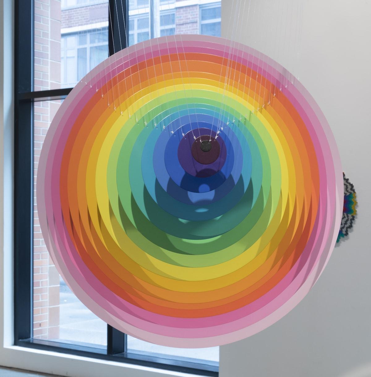 Obra de arte de colores por Jen Stark