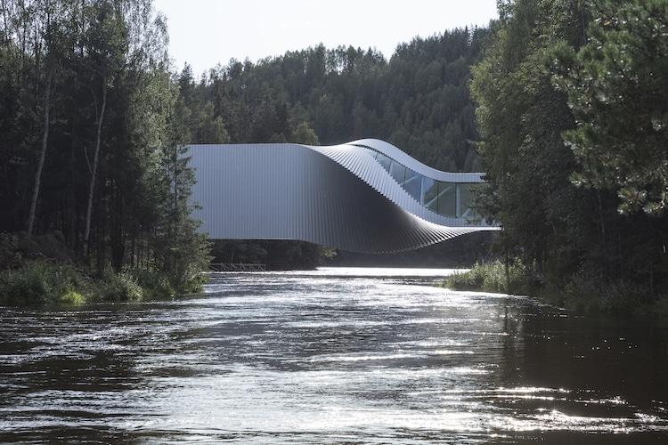 puente torcido por Bjarke Ingels Group