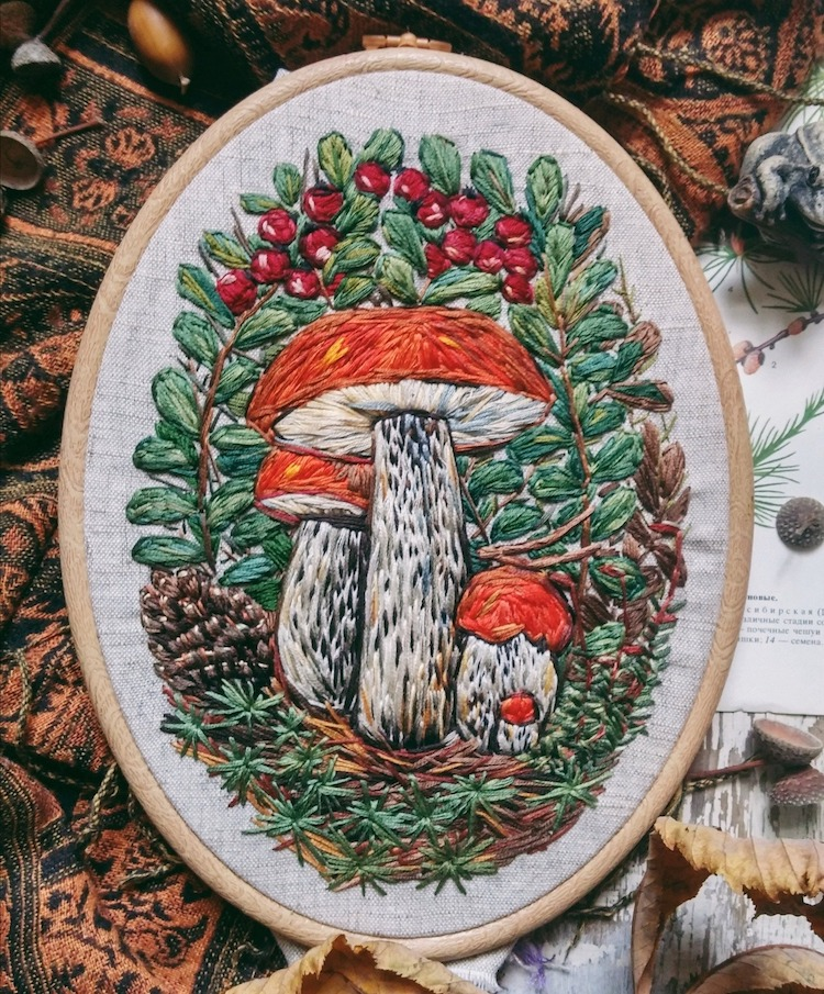 joyería bordada por Nadia Garutt