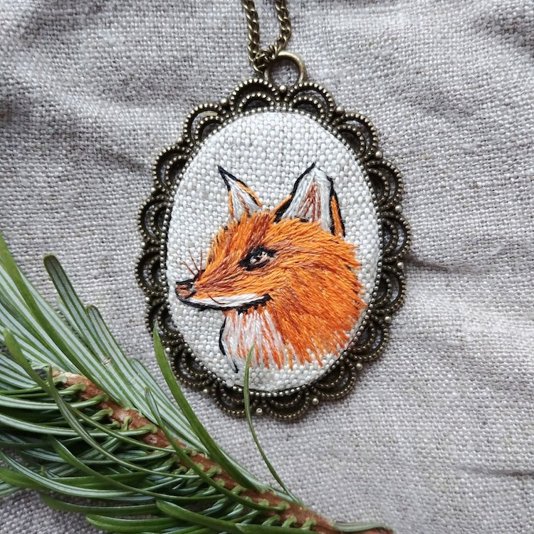 Embroidery Jewelry by Nadia Garutt