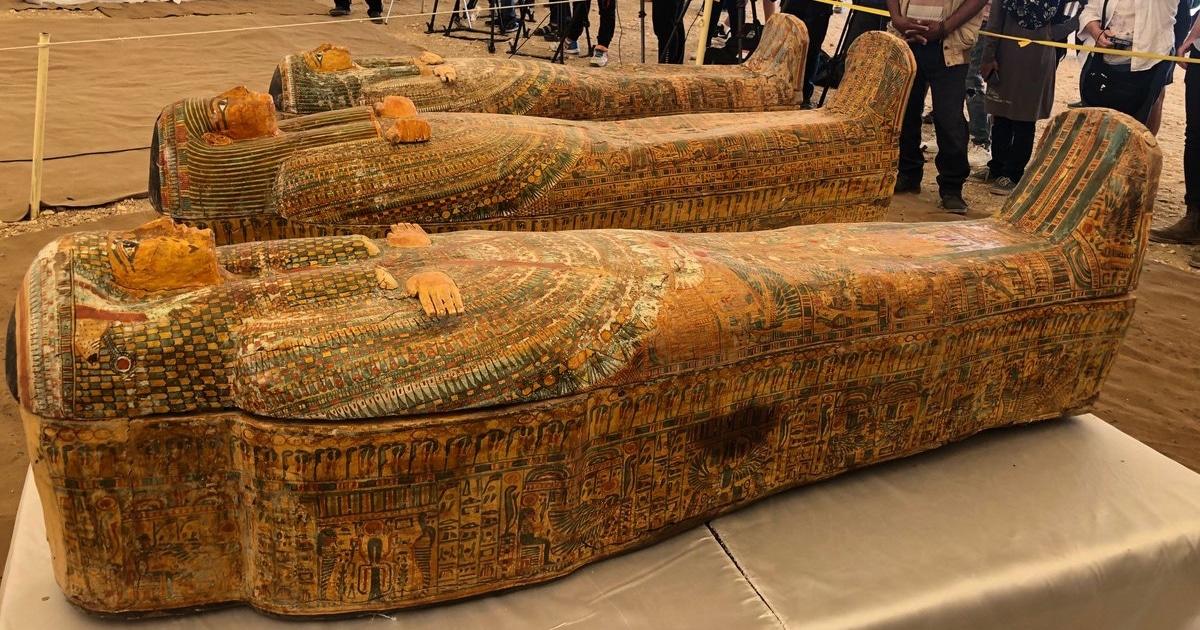 Stupendous 3 000 Year Old Egyptian Mummies Discovered In El Assasif Creativecarmelina Interior Chair Design Creativecarmelinacom