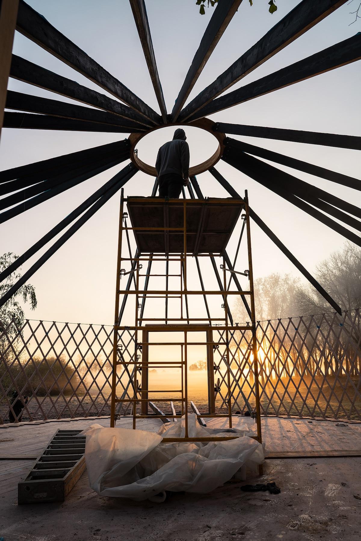 Construcción de una yurta moderna