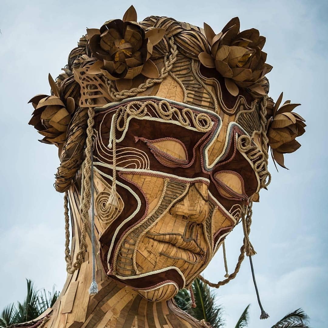 Giant Festival Sculptures by Daniel Popper