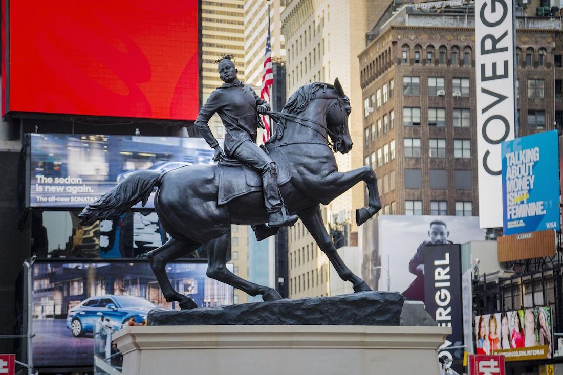 Times Square Statue