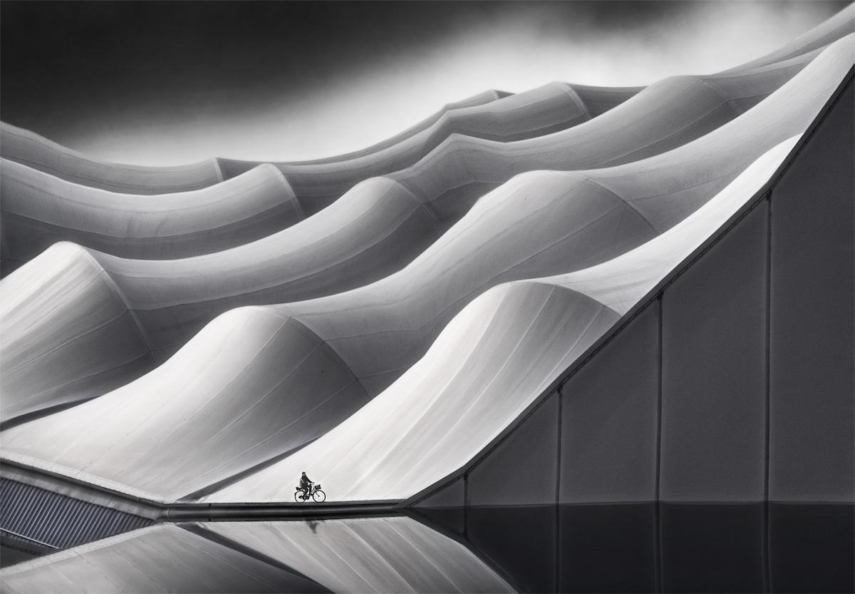 Foto de arquitectura en blanco y negro