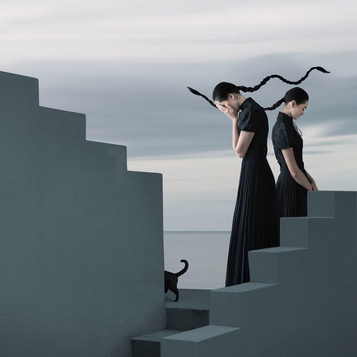 Imagen surrealista de dos personas para el concurso de fotografía SIPA