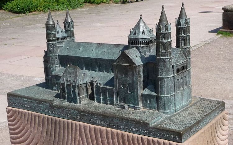 modelos miniatura de monumentos