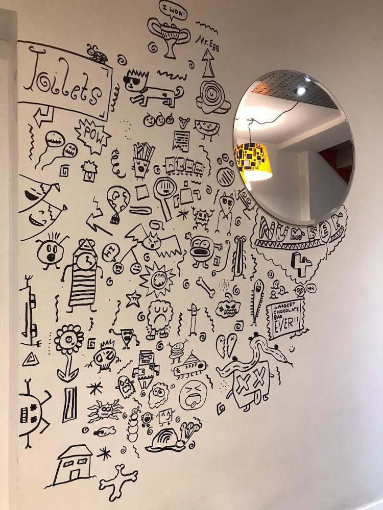 Dibujos de murales por Joe Whale