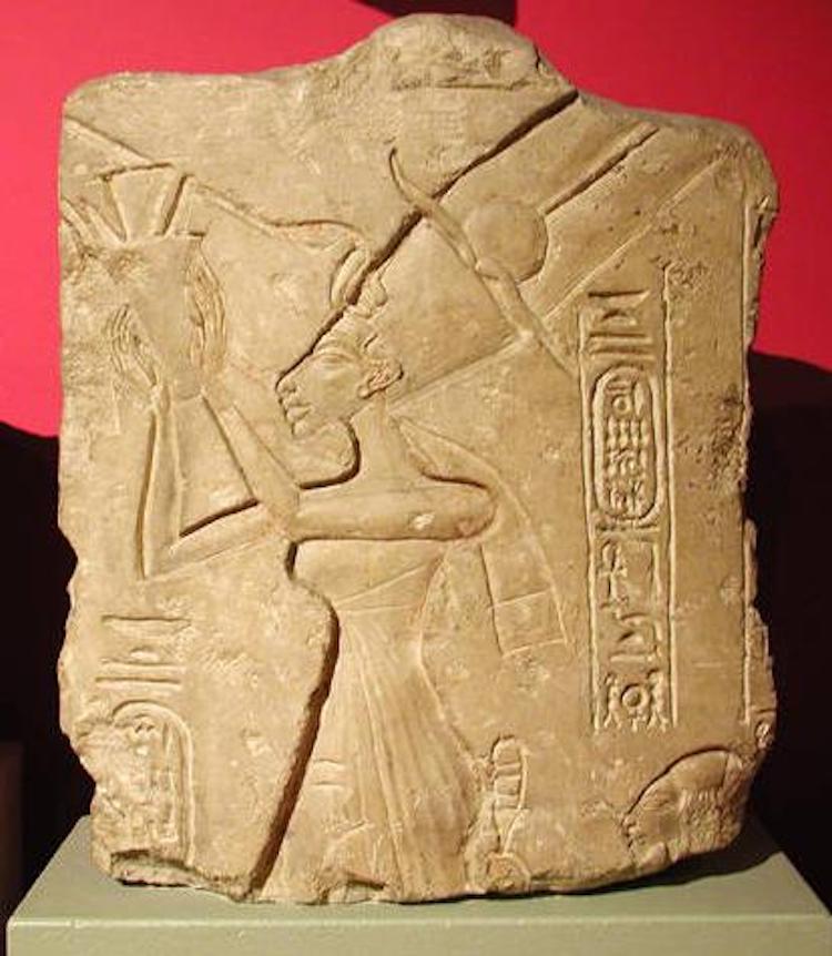 vida de Nefertiti