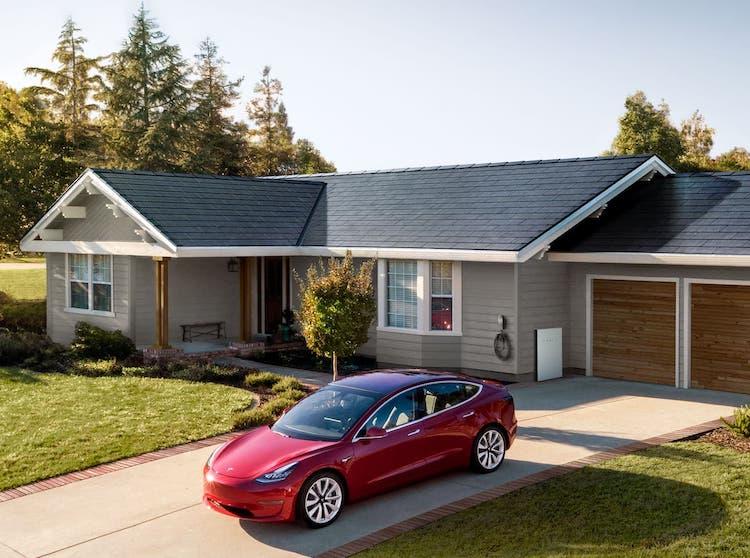 Tesla Solar Roof Version 3