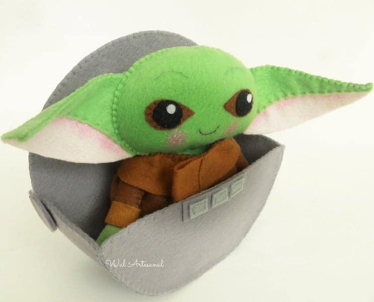Baby Yoda de fieltro