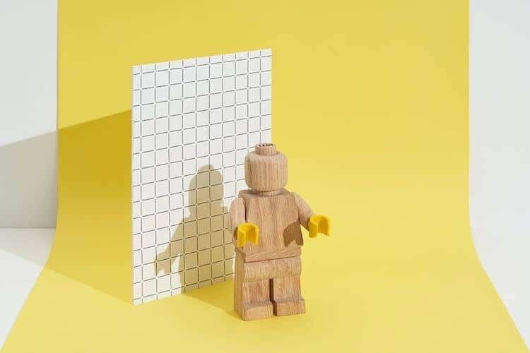 Minifigura de LEGO de madera