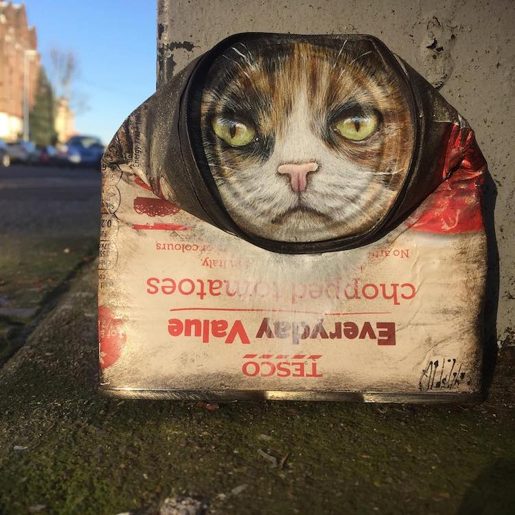 Latas viejas pintadas por My Dog Sighs