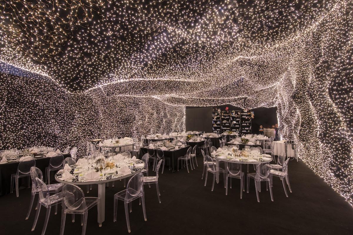 Diseño de restaurante Interstellar en CDMX