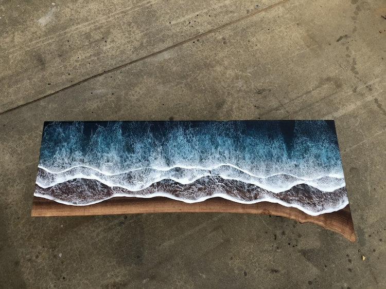 mesa de resina y madera