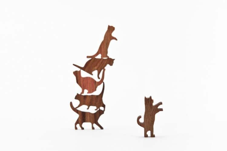 Wooden Cat Pile Game