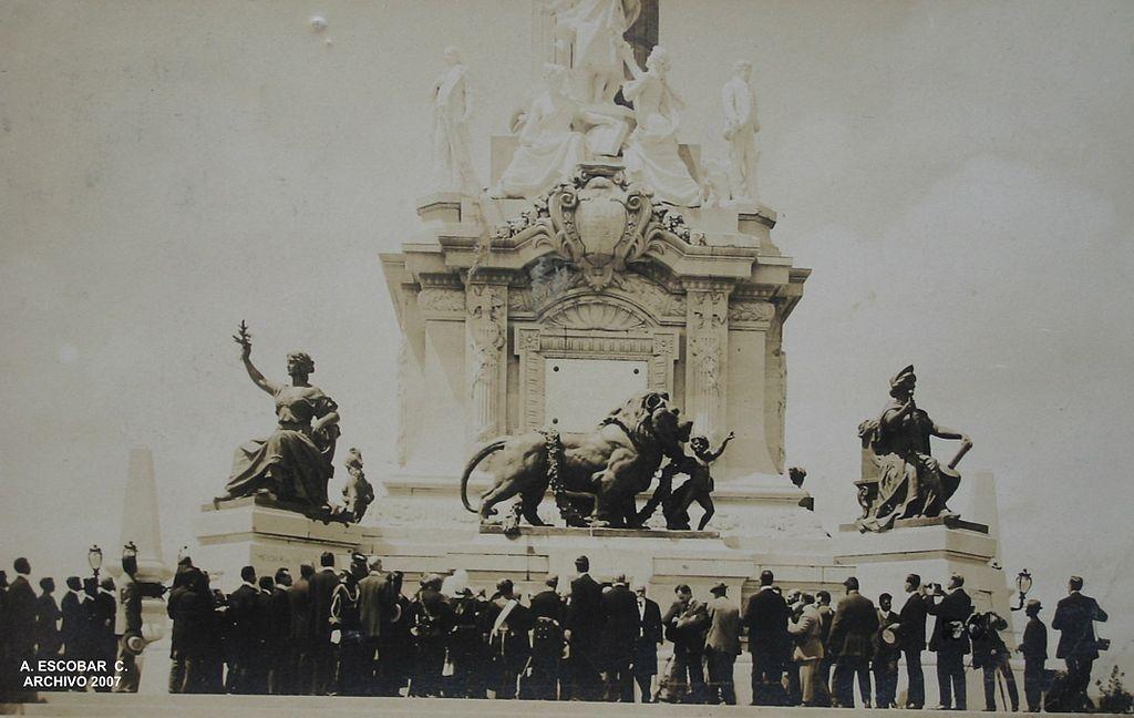 Inauguración del Ángel de la Independencia en 1910
