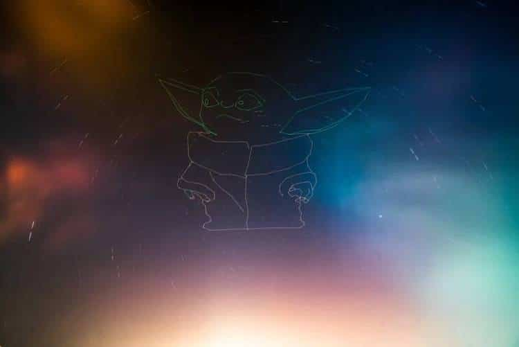 Baby Yoda Light Painting