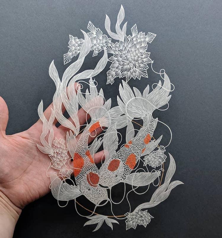 Pippa Dyrlaga arte en papel