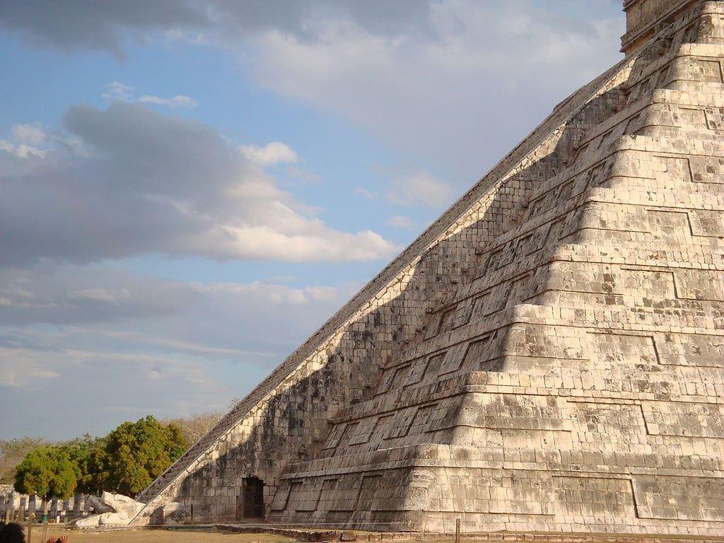 Descenso de Kukulkán en Chichén Itzá