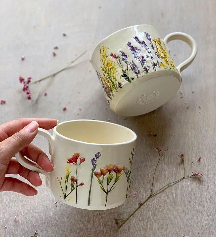Hessa Al Ajmani ceramica decorada a mano