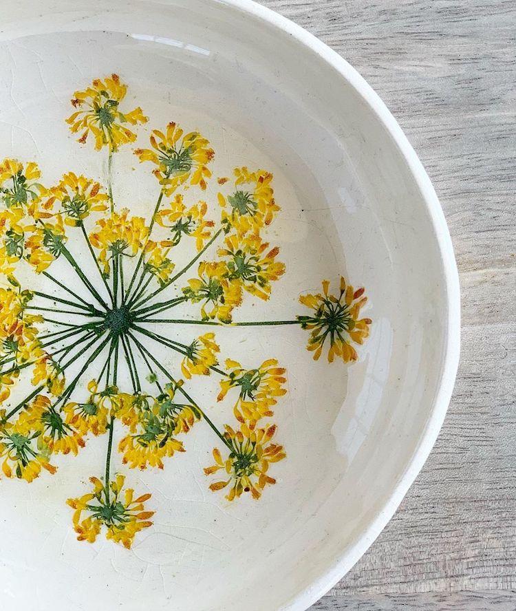 ceramica de flores Hessa Al Ajmani