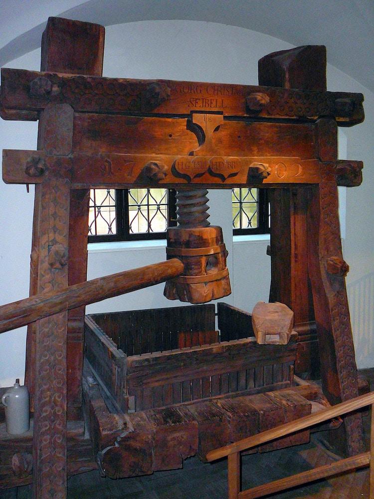 Wooden Press
