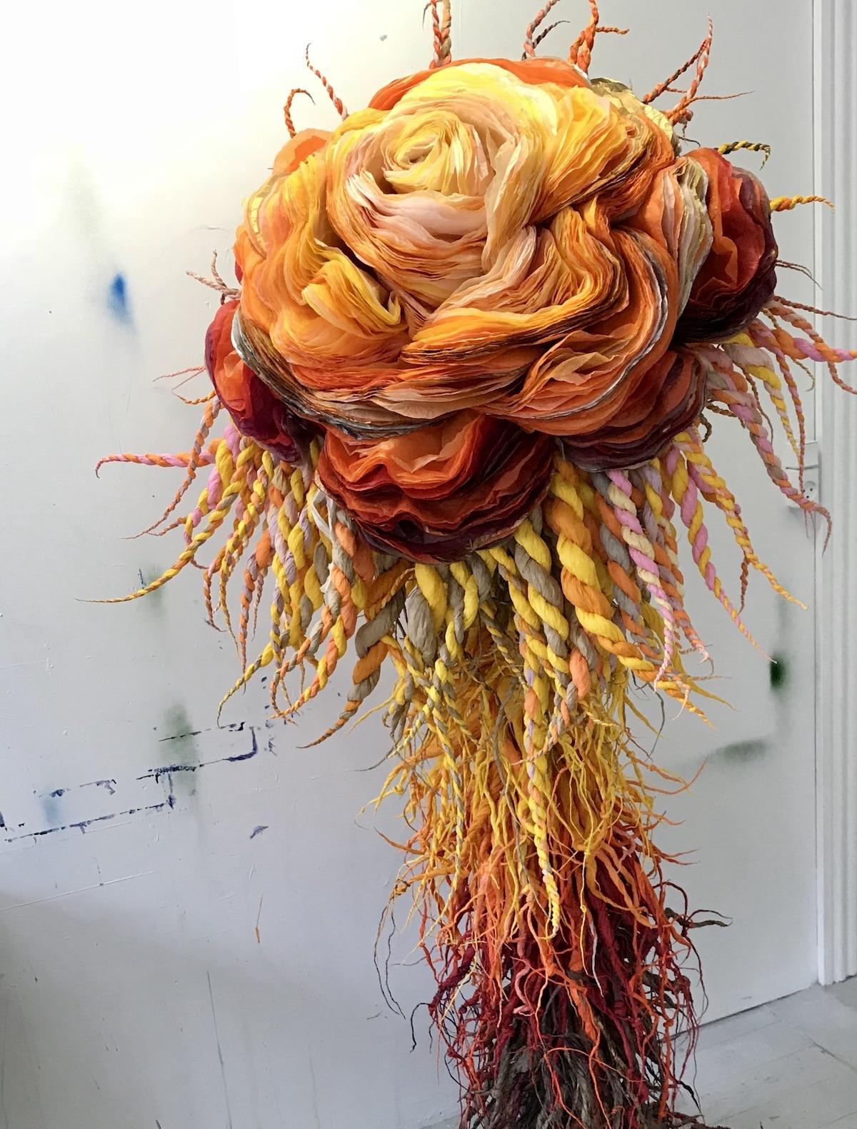 Flores de papel tisú por Marianne Eriksen-Scott Hansen