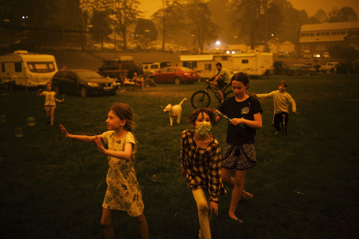 Children at an evacuation center during Australian bushfires