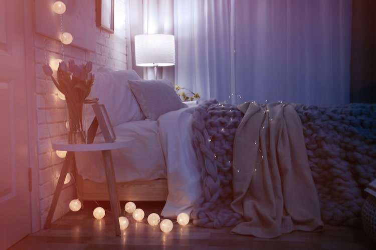 8 Ways to Help You Turn Your Bedroom Into Relaxing Sanctuary