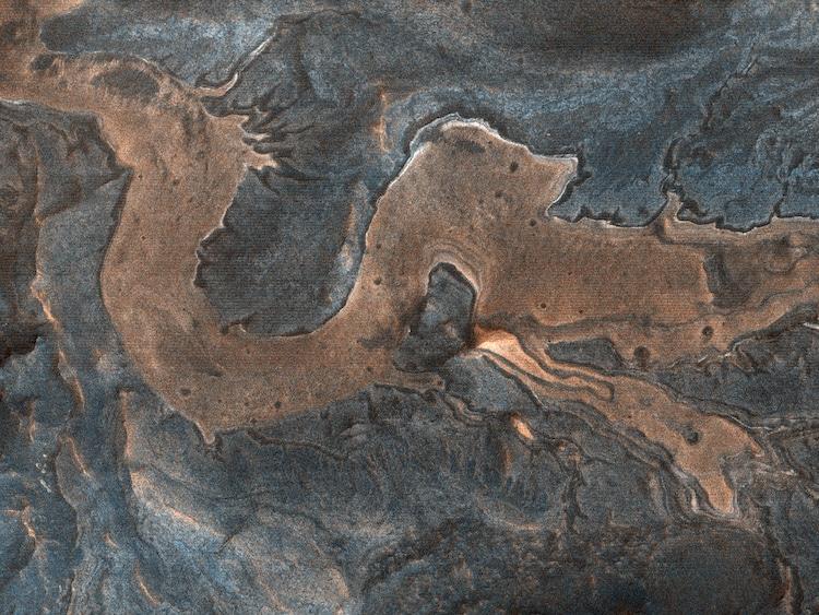 Dragon Shaped Canyon in Southwestern Melas Chasma on Mars