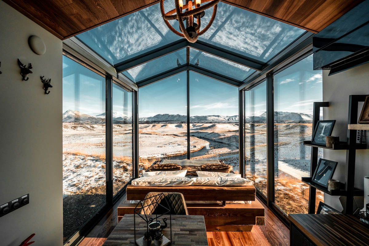 OOD Iceland Glass House