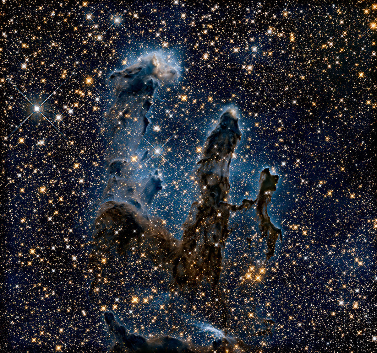 The Pillars of Creation Photographed with Near-Infrared Light