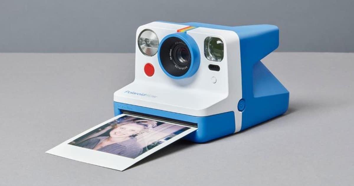 Polaroid Now le da a la clásica cámara instantánea un