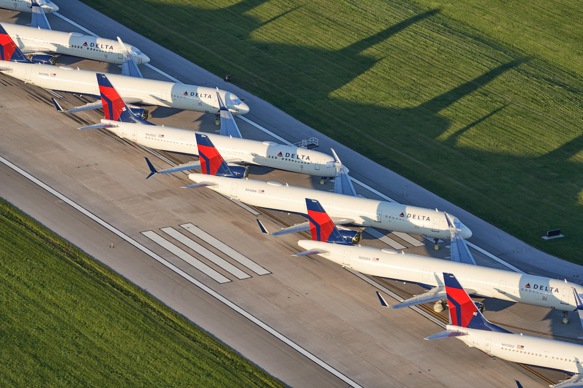 Delta Airplanes Grounded at Kansas City International Airport