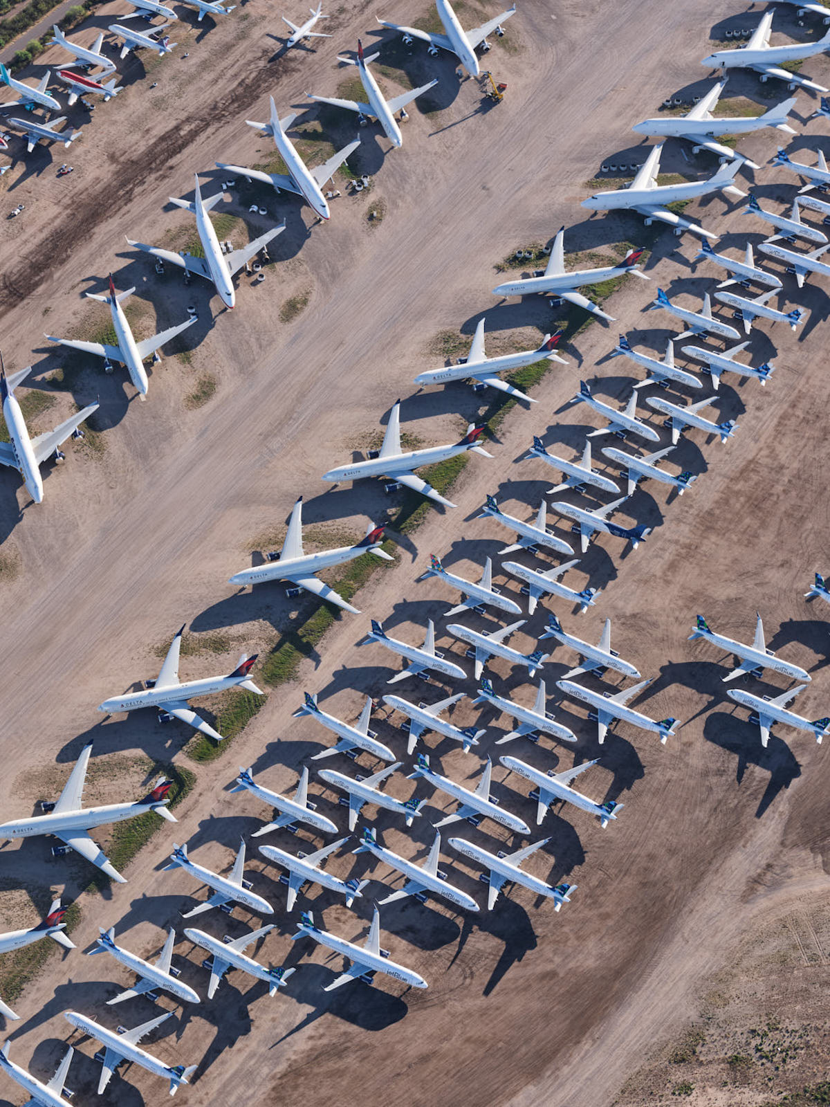 Airplanes at the Pinal Airpark