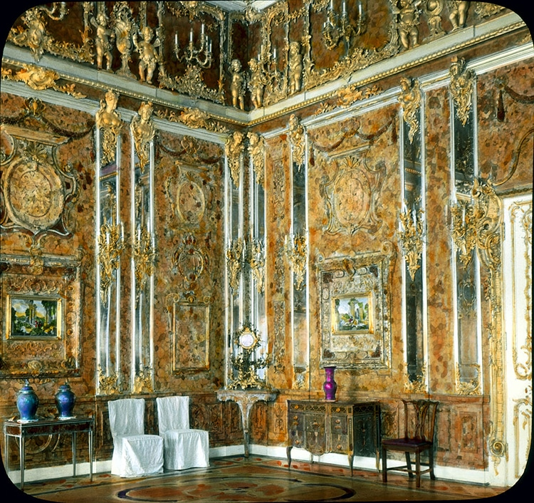 Hand-Colored Photo of the Amber Room circa 1931