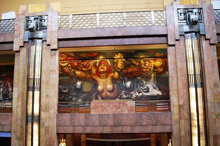 Mural de David Alfaro Siqueiros en Bellas artes