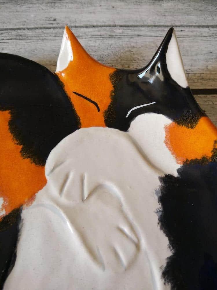 platos de gatos de ceramica por Taniko Ga