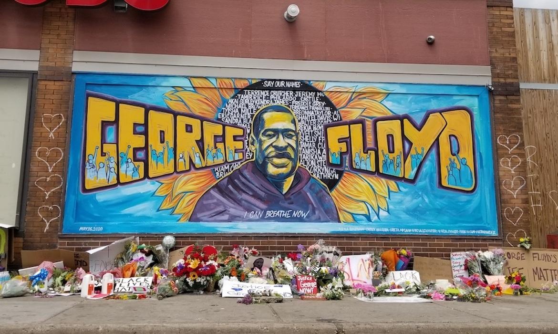 https://mymodernmet.com/wp/wp-content/uploads/2020/06/george-floyd-memorial-mural-large.jpg