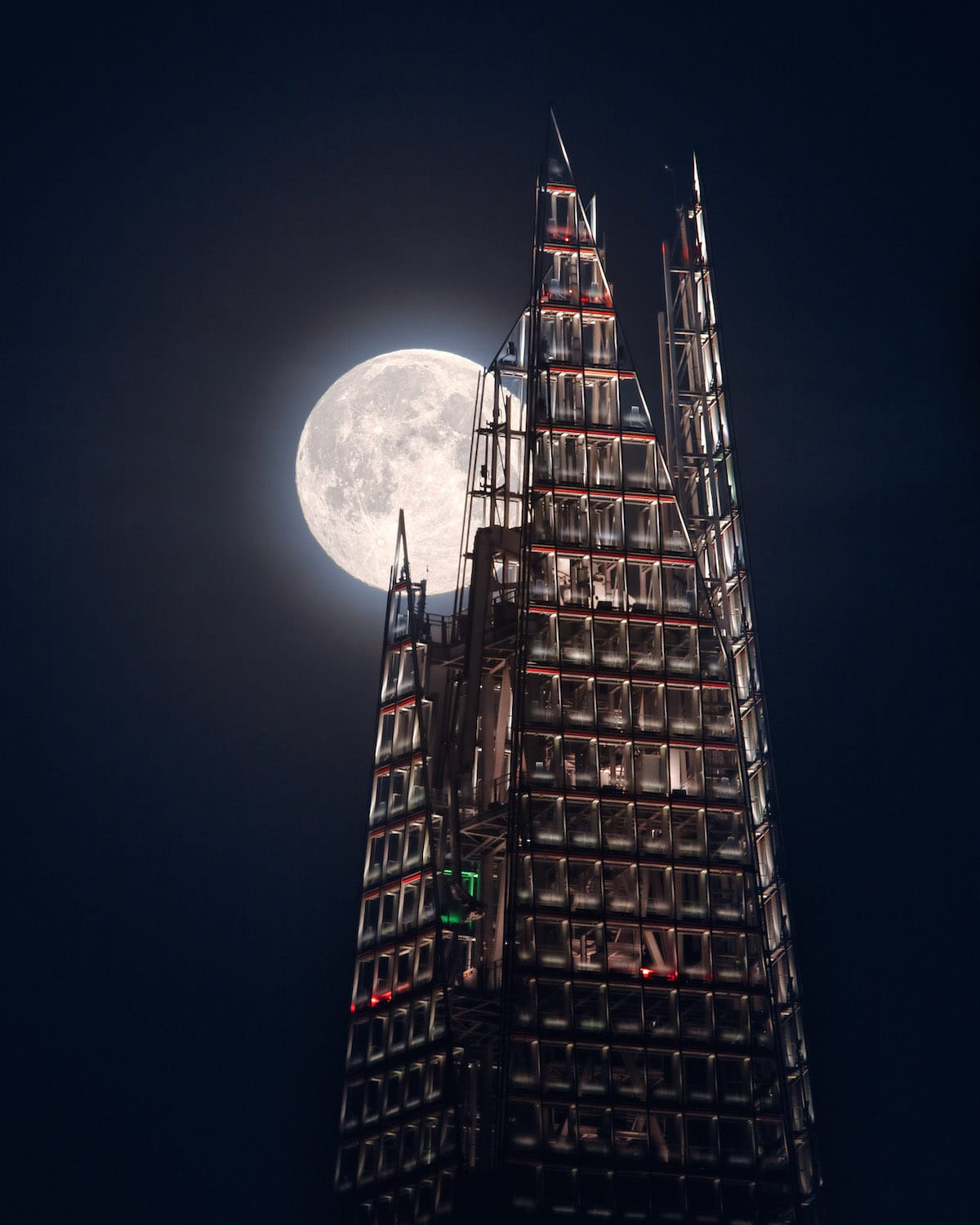 The Shard with the Full Moon