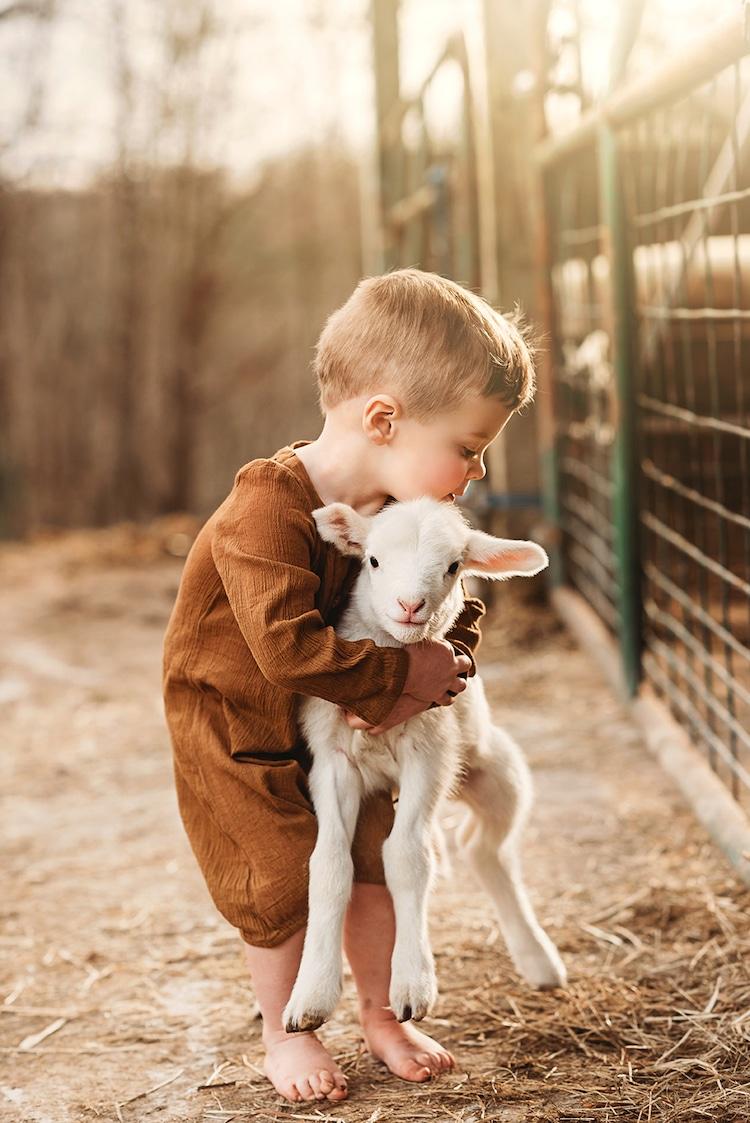 Fotos de niños con animales