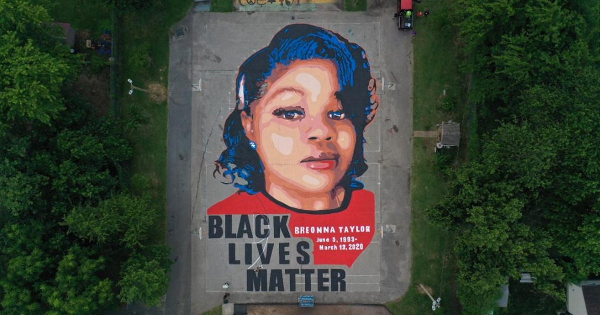 Breonna Taylor Commemorated With 7 000 Square Foot Mural